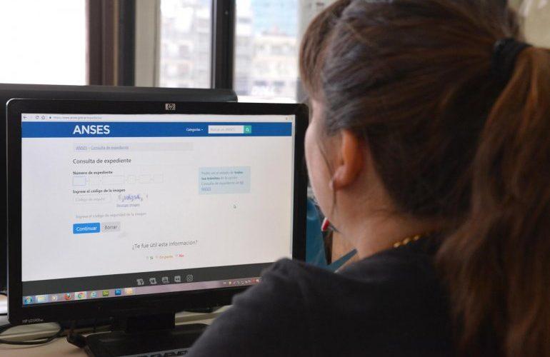 ANSES TRAMITES | Presentar el certificado escolar desde la web