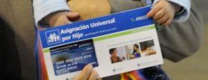 El Gobierno ampliaría la Asignación Universal por Hijo 2020